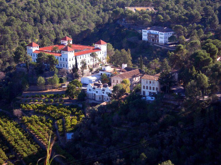 Vista de Fontilles en la Vall de Laguar